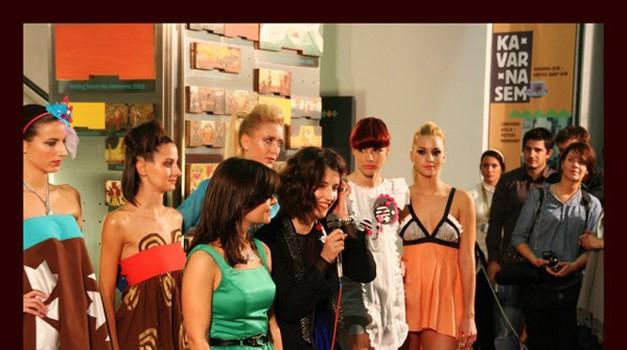 Divja moda v muzejskih prostorih (foto: Ana Seljan)