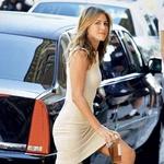 Jennifer Aniston prisega na klasiko (foto: promocijski material in Story arhiv)