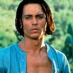 Johnny Depp: Seksi je v prav vsaki vlogi, kot divji pirat pa je sploh za crknit dober. (foto: Eric Ray Davidson, Anders WenngreN, Film Magic, Getty Images, Arhiv Cosmopolitana, Profimedia.si)