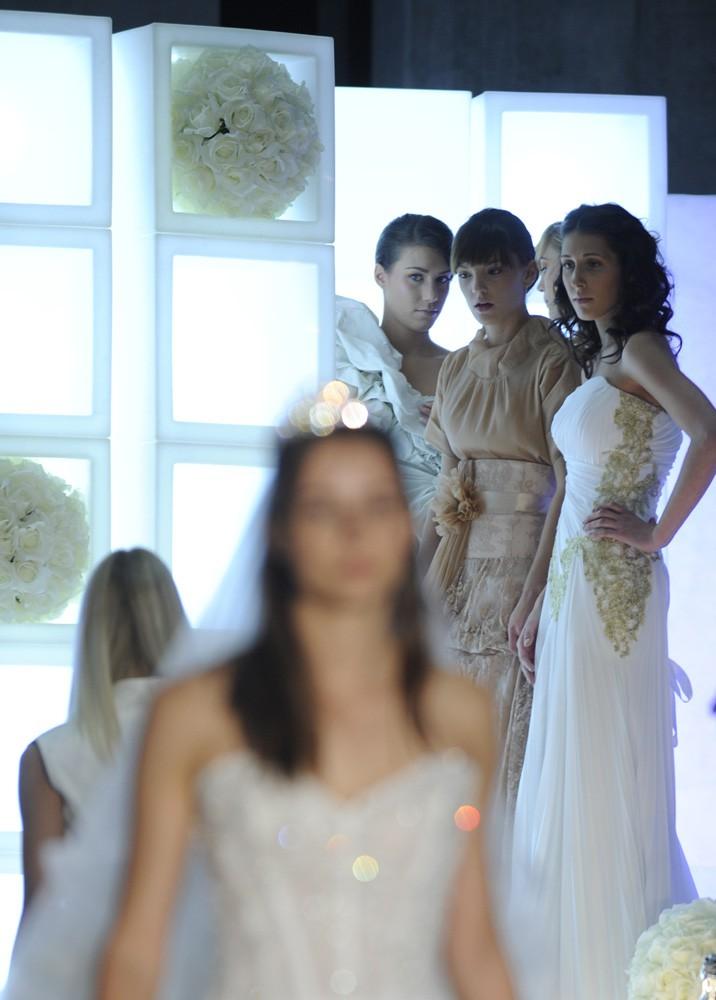 Ekskluzivna fotogalerija modne revije poročnih in svečanih oblek (foto: aleš predalič)