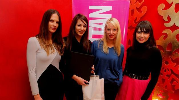 Fotoreportaža z razglasitve zmagovalke za Naomi dekle 2011 (foto: Aleš Pavletič)