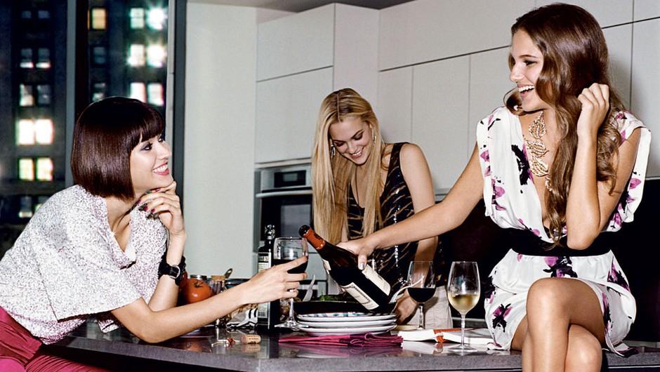 Ženski večer: poceni in na toplem (foto: Marck Baptiste, Shutterstock, arhiv proizvajalcev, istockphoto.com)