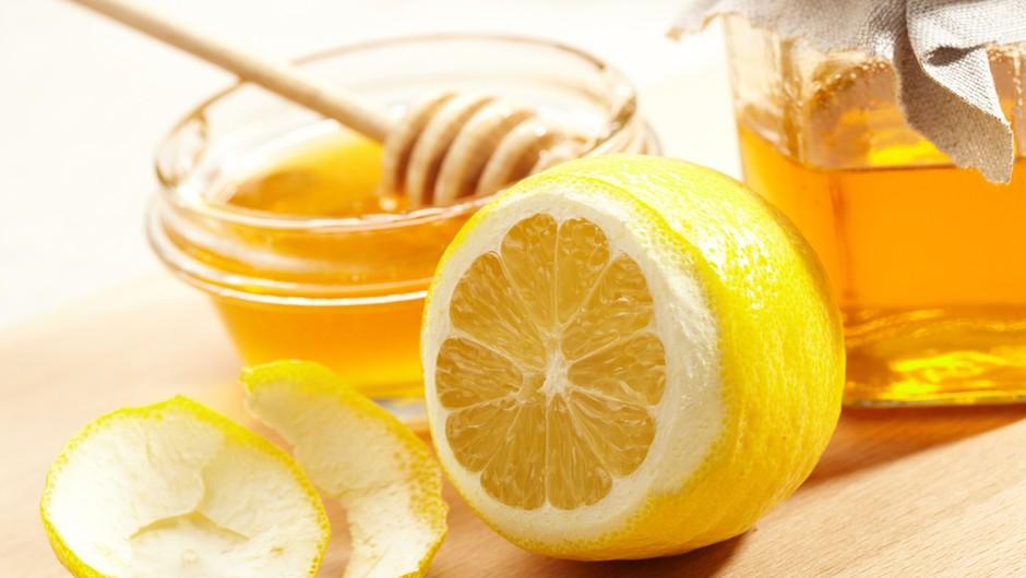 Nad kašelj in prehlad z žličko meda (foto: shutterstock)