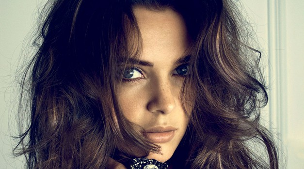 Lepi lasje tudi pozimi (foto: Arhiv Cosmopolitana)
