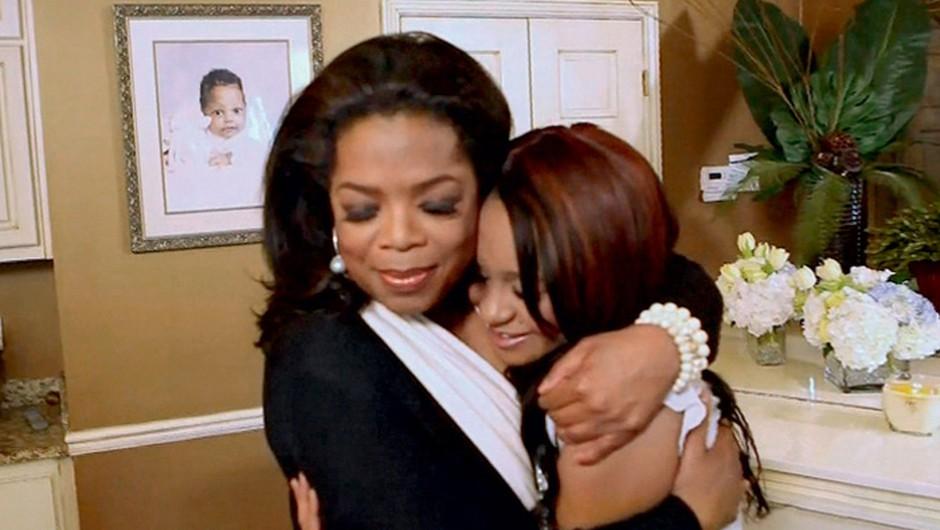 ''Mama je vseskozi z menoj, čutim njeno prisotnost,'' pravi Bobbi. (foto: Profimedia)