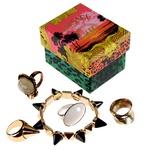 Obožujem odštekan nakit! Predvsem prstane, ki se jih nikoli ne naveličam, zato jih imam vedno pri roki. (foto: Helena Kermelj, Alex Štokelj)