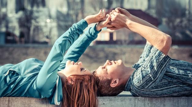 Zlato pravilo za tvoj prvi zmenek! (foto: Shutterstock)