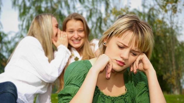 Dr. Jan Yager: Ko prijateljstvo boli! (foto: shutterstock)