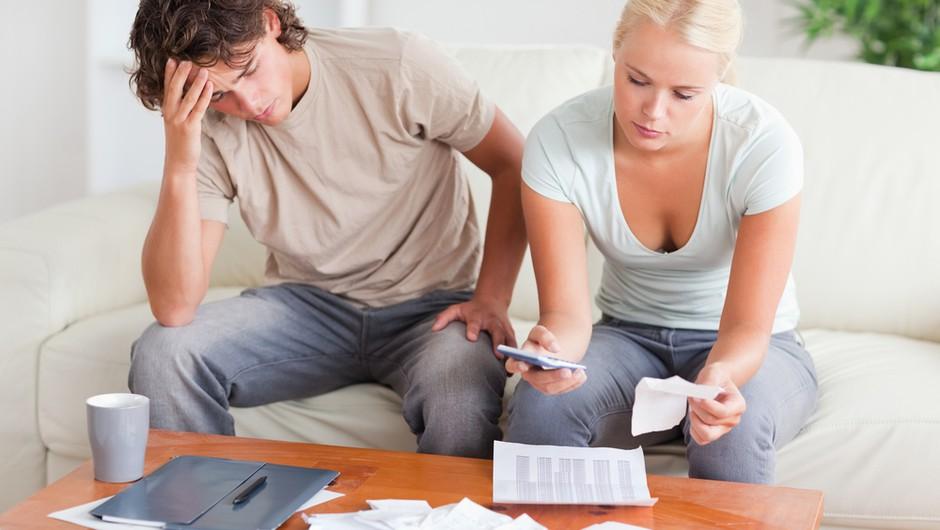 Ljubezen in finance: Bi ga prosila, da ti posodi denar? (foto: shutterstock)