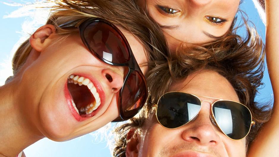 Skrajni čas je, da se vidimo in malo družimo. Si za? (foto: Shutterstock)