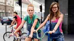 Modni trendi v središču poletne Ljubljane