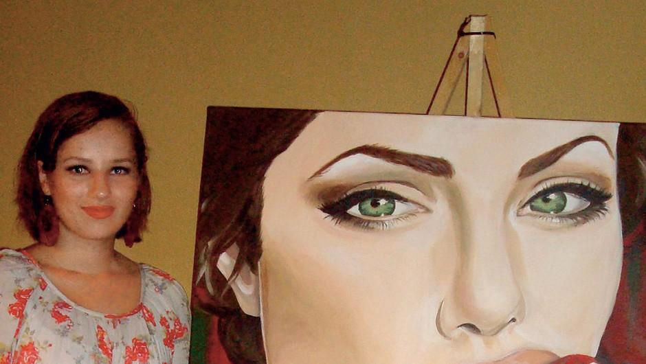 Nina Jančar – Nina galerija: Risanje portretov je moja strast
