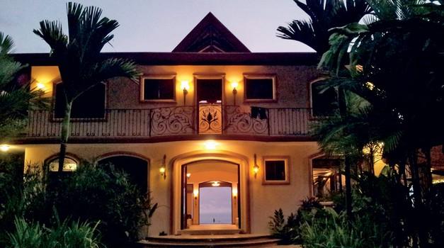 Paradise hotel - na obisku v hotelu razvrata (foto: Lea)