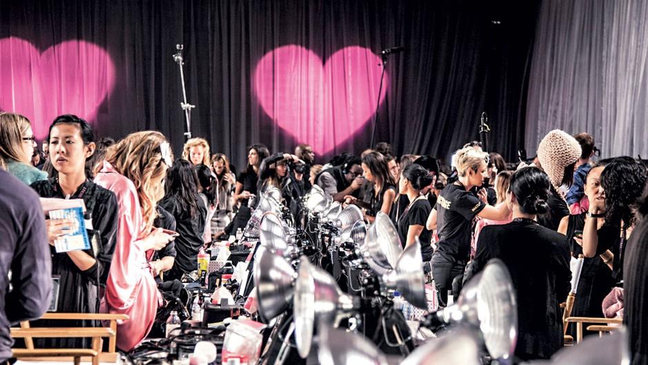 Victoria's Secret Fashion Show 2012 - zakulisje s Story (foto: Story)