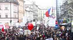 Fotogalerija s 3. vseslovenske vstaje v Ljubljani