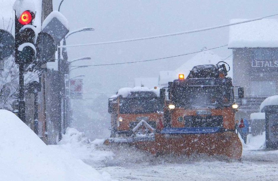 Fotografije: Obilno sneženje in sprehod po Rožniku (foto: Goran Antley)