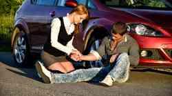 Prva pomoč ob prometni nesreči rešuje življenja!