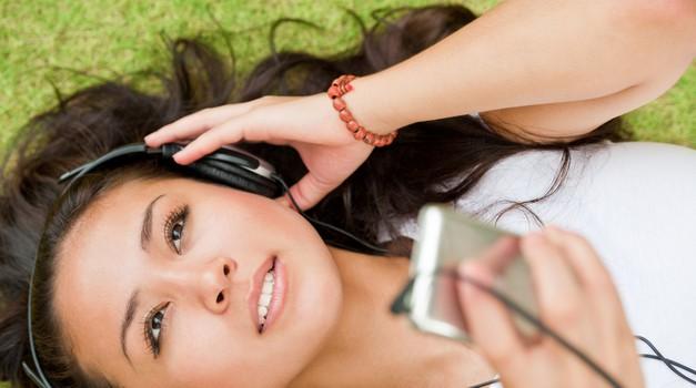 Cosmo glasbeni izbor: Hiti poletja! (foto: shutterstock)
