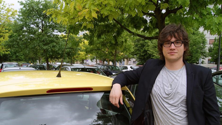 Moj šofer se je, kot vedno, tudi tokrat izkazal. :) (foto: Živa Gedei)