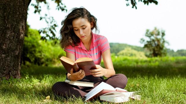 Dopolnjujemo seznam poletnih branj (foto: shutterstock)