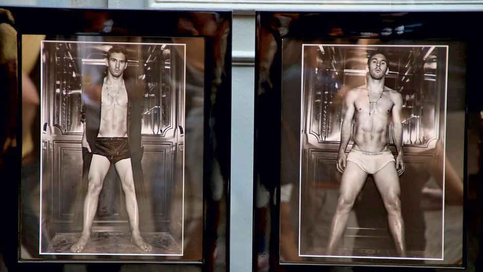 Izzivalne fotografije  razgaljenega  Messija, ki jih je  posnel Domenico  Dolce, so zbrane v  knjigi, ki so jo  predstavili na razstavi v Milanu. (foto: Profimedia, Shutterstock)