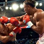 Njegovo boksarsko kariero je junija 2002 v Memfisu pokopal Lennox Lewis, ki ga je v osmi rundi nokavtiral.  (foto: Red Dot, Rex Features)