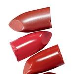 Kremno rdečilo za ustnice, MUD, odt. Lady Bug (18 €) (foto: Promocijsko gradivo, profimedia)