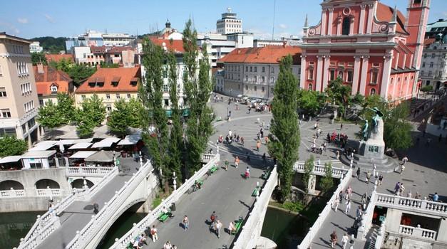Zavod Premiki z brezplačnim vodenjem po Ljubljani