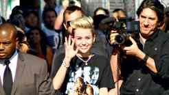 Srečna in svobodna Miley Cyrus