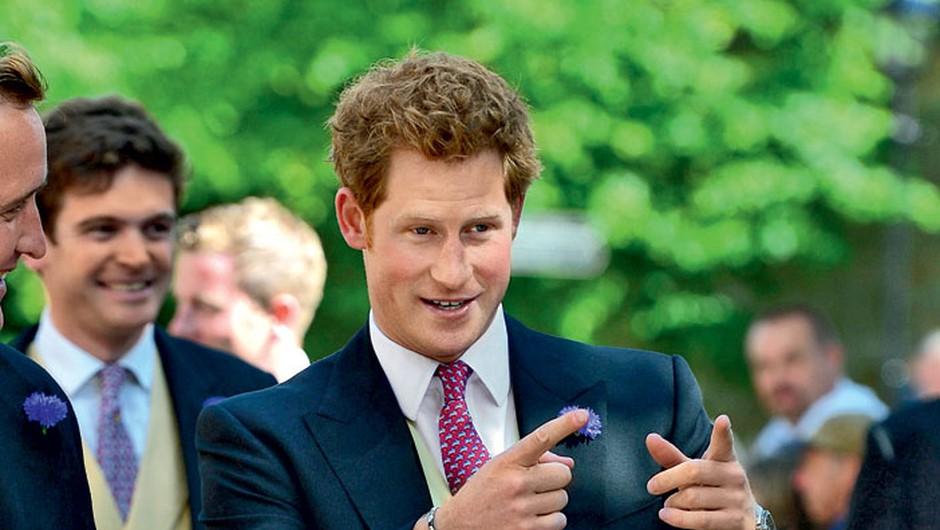 Očitno ima Harry rad svetlolaske. Doslej so bile prav vse, s katerimi je resno hodil, blondinke. (foto: Profimedia)
