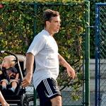 Že od majhnih nog ima rad nogomet, in če se mu le ponudi priložnost, da zaigra na kakšni dobrodelni tekmi, jo takoj zagrabi.  (foto: Profimedia, Splash images)