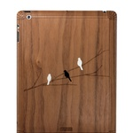 Zaščita za Ipad, Bird on Branch Walnut (49,90 €) (foto: promocijsko gradivo)