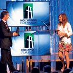 Julia Roberts je po svoje  priznanje prišla kar bosa. (foto: Profimedia)