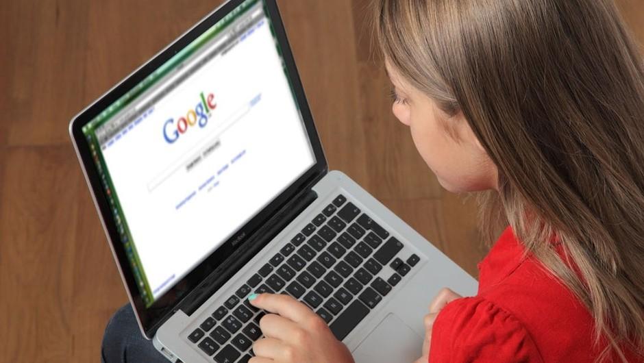 Ali odgovore na zdravstvena vprašanja pogosto iščeš po spletu? (foto: profimedia)