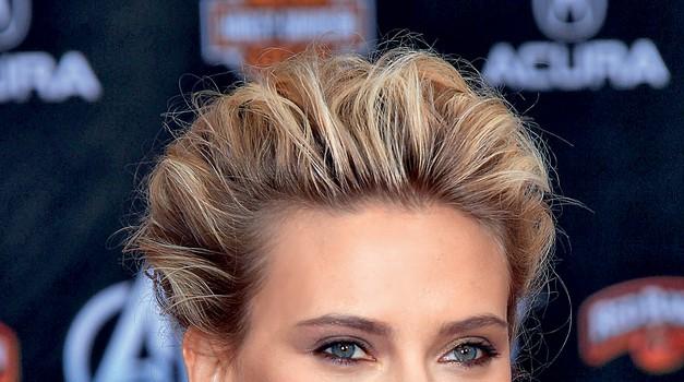 Obožujemo lepoto Scarlett Johansson (foto: PROMOCIJSKO GRADIVO,  Shutterstock, Jeff Harris/Studio D, Fox Searchlight)