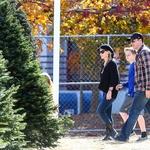 David Boreanaz z družino po novoletno jelko