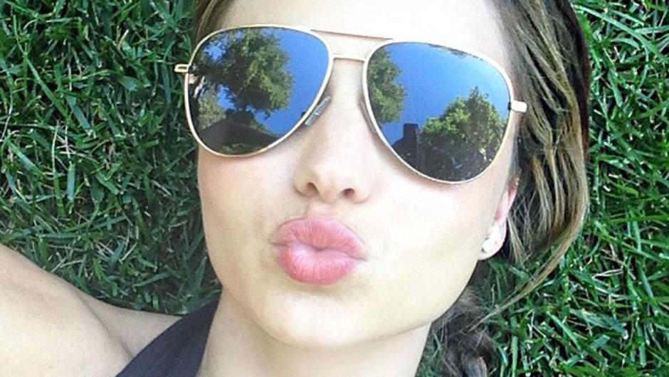 Le kateremu mestu je s to 'selfie' fotko pomagal Miranda Kerr? (foto: Profimedia)