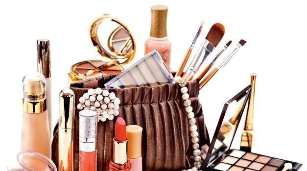 Spomladansko čiščenje tvoje kozmetike (foto: promocijsko gradivo, shutterstock)