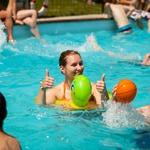 Igre v bazenu (foto: promocija festivala Švic)