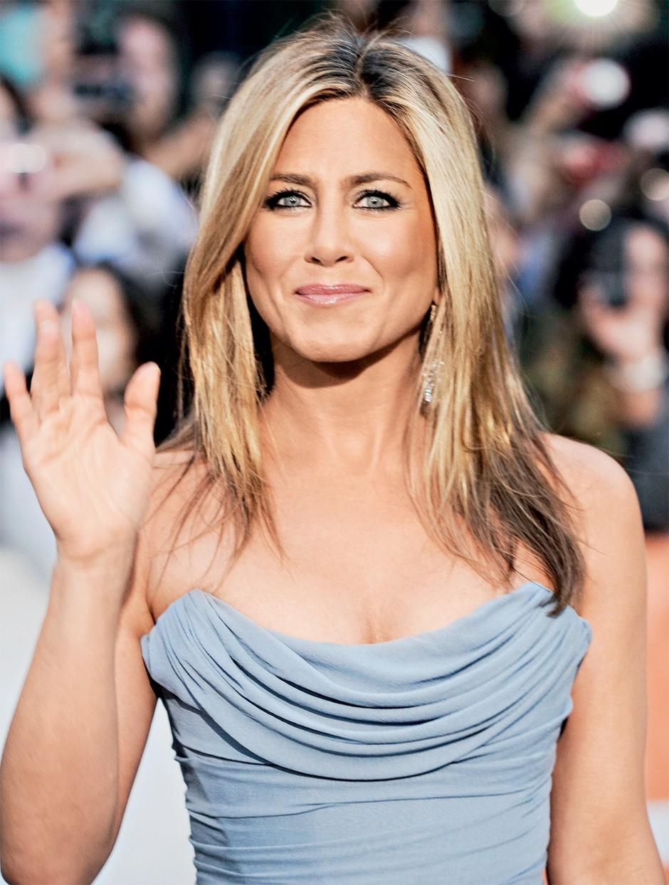 Trenerka Jennifer Aniston je razkrila, kaj zvezdnica počne za svojo zavidljivo postavo (vaje) (foto: Paul Suesse)
