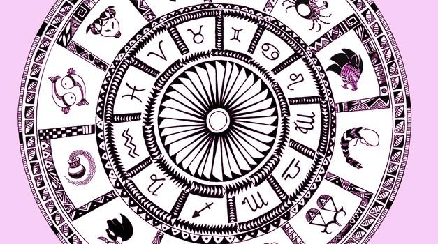 Tvoj horoskop - vse astrološke napovedi na enem mestu! (foto: profimedia)