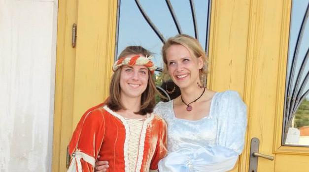 Stara in nova Princeska, Dora Kovač in Suzana Klemenčič (foto: foto: Jadran Rusjan in Janez Kočar)