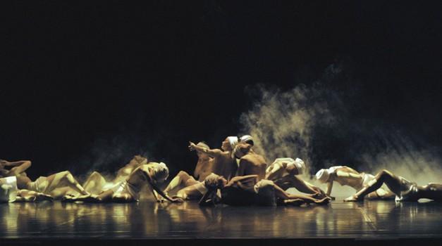 Balet Preljocaj s predstavo Noči v Gallusovi dvorani (foto: Cankarjev dom)