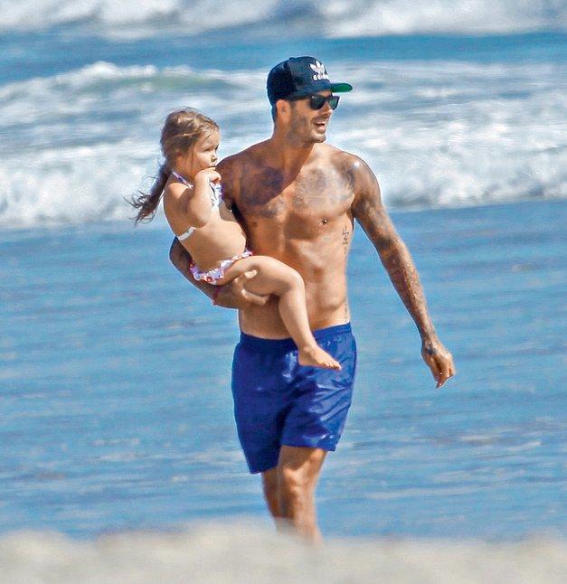 David Beckham je najbolj seksi očka (foto: profimedia)