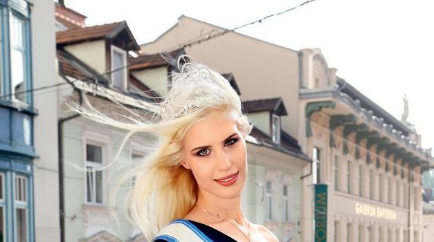 Urška Bračko iz Maribora je nova miss Universe.  (foto: revija Lea)
