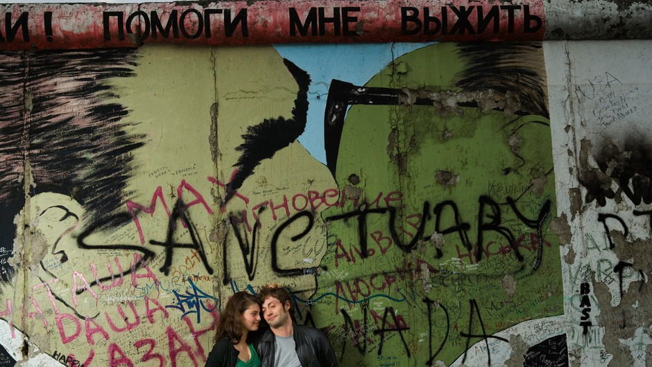 25 let odkar je padel Berlinski zid (foto: profimedia)