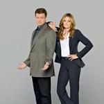 Nekaj časa so ji mediji kot ljubezenskega partnerja pripisovali Nathana Filliona, ki v seriji Castle upodablja glavnega junaka Richarda Castla. (foto: Profimedia, Getty Images)