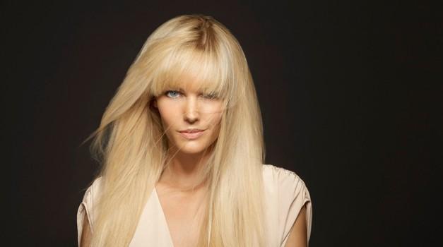 Za svilnato mehke lase in sijaj uporabi Satin oil (foto: Profimedia)