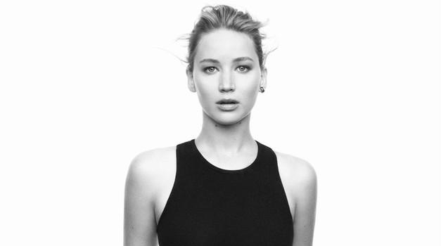 Jennifer Lawrence navdušuje v novi Diorjevi kampanji  (foto: Profimedia)