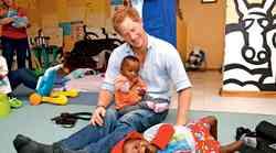 Princa Harryja pretresle zgodbe podhranjenih malčkov